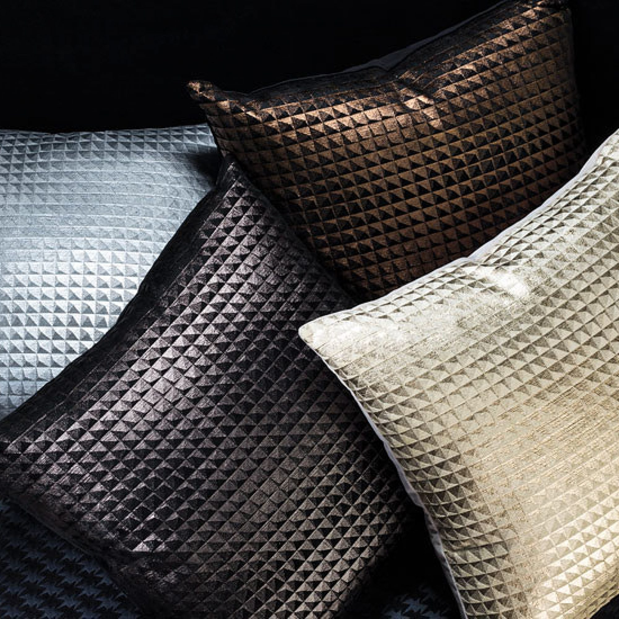 The romo group cushions